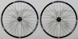 Moquai Deore XT 758/756 15x100mm-QR Laufradsatz 29 schwarz Disc 6-Loch